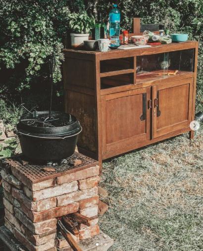 Nieuwetijds wonen Dutch Oven buiten koken buitenkeuken Petromax kampvuur