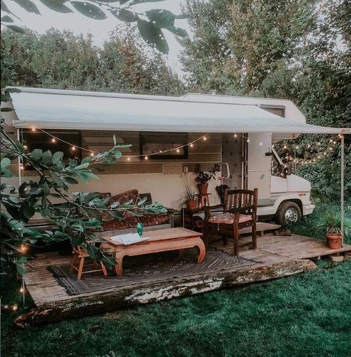 Nieuwetijds wonen Dutch Oven buiten koken buitenkeuken camper hymer buitenleven